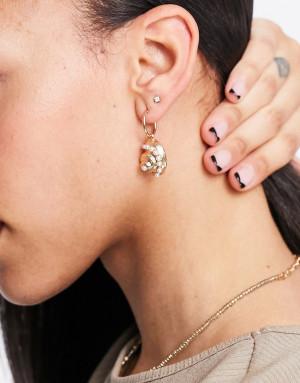 Золотистые серьги-кольца с подвеской в виде ракушки ASOS DESIGN-Золотистый